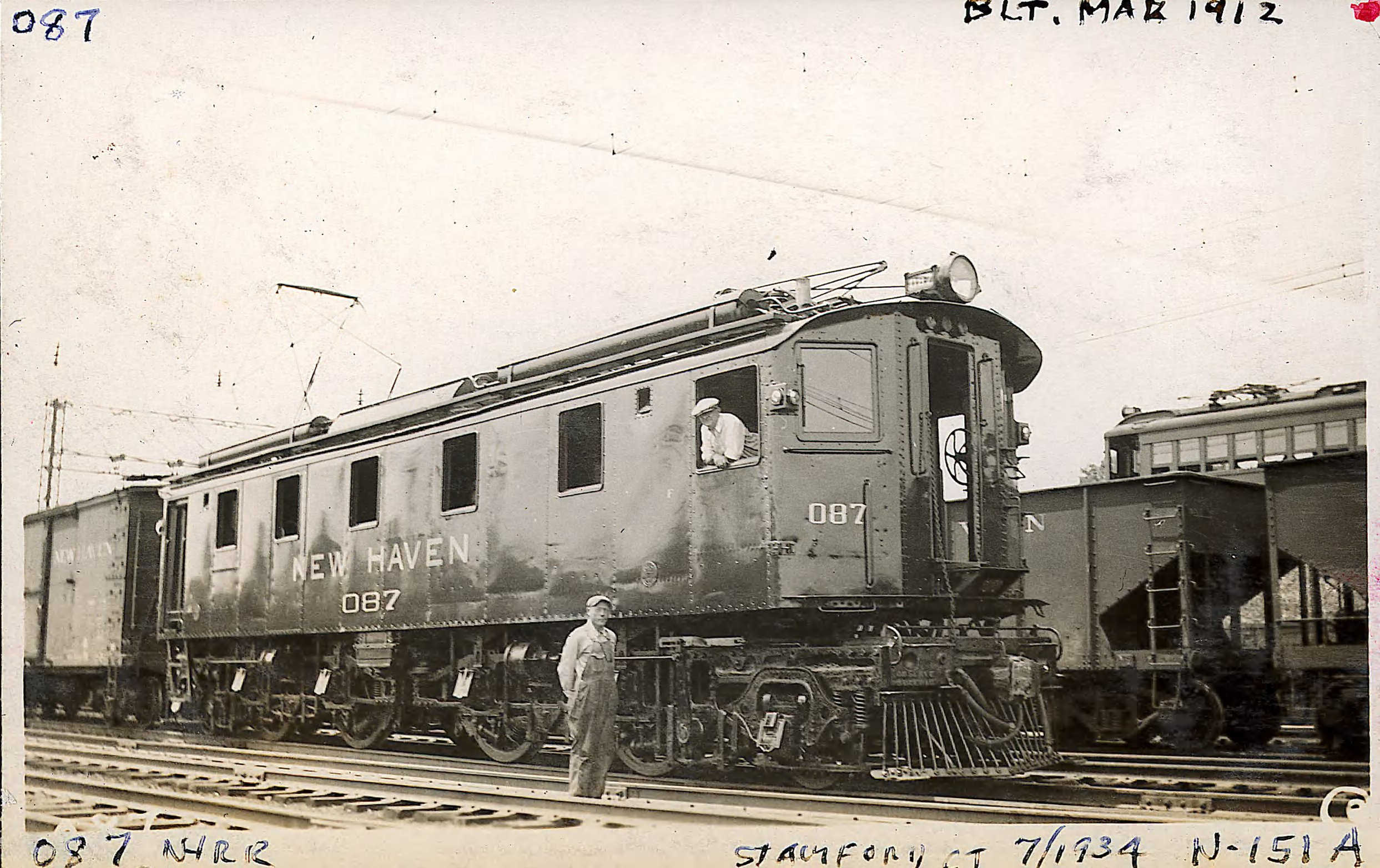 Locomotive 087, built March 1912